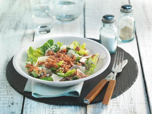Caesar Salad with Pulled Veal and Ham Crisps
