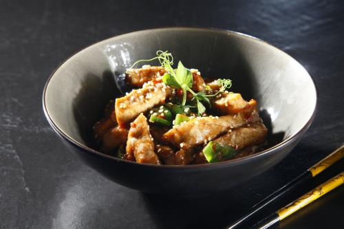 Sautéed Veal Strips with Hot Green Pepper (Asian style)