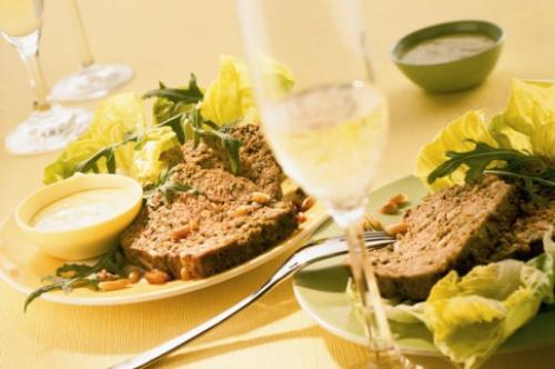 Italiaans gehaktbrood met pesto-mayonaise