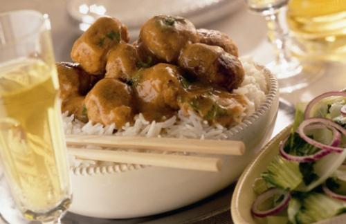 Thaise gehaktballen met kokossaus
